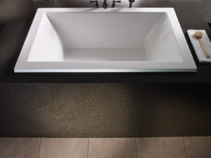 Mti Andrea® 13 Roomy Rectangle Bathtub