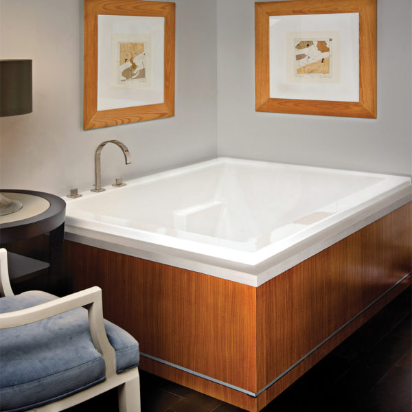 Mti Andrea® 9 Bathtub