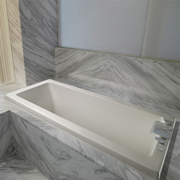 Mti Andrea® 1 Roomy Rectangle Bathtub