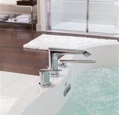 Jason Forma Oval Bathtub With Patented Level-form Base