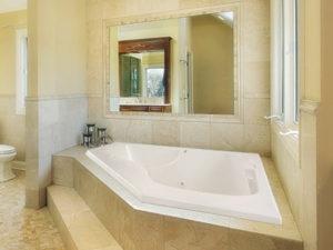Hs Lara Corner Bathtub