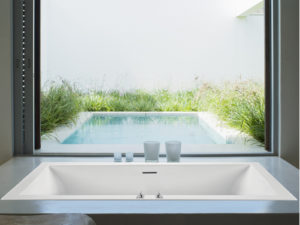 Mti Andrea® 18 Roomy Rectangle Bathtub