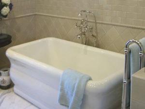 Hs Michelangelo Maestro Bathtub