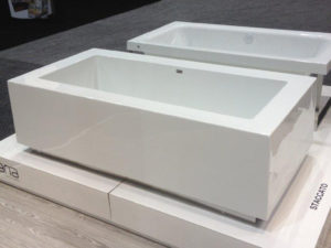 Staccato Freestanding Tub