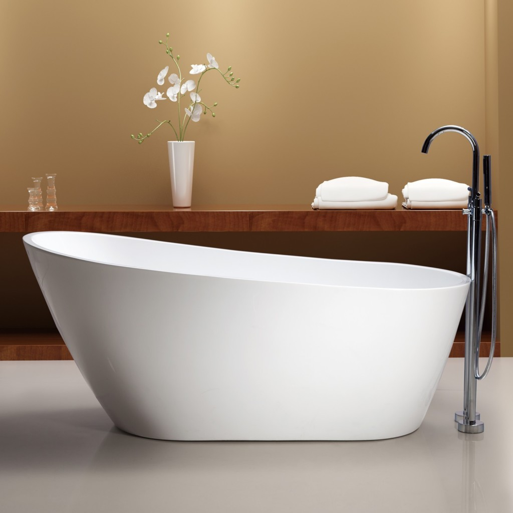 Tubs and more mal freestanding bathtub save 35 40 for Showers for freestanding baths