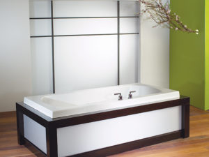 Alcove Primula Podium Bathtub