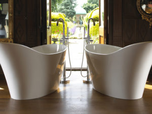 Victoria & Albert Bathtubs – Volcanic Limestone Bathtubs