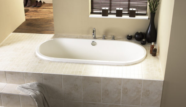 Antibes Built-in Tub