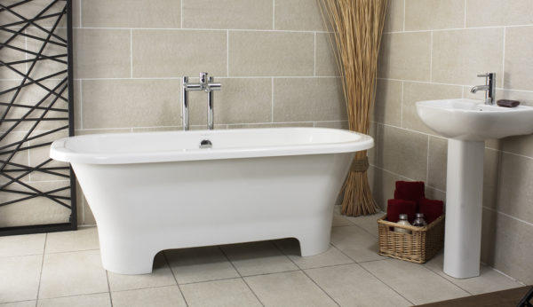 Como Freestanding Tub