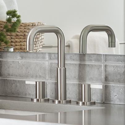Blade Aquabrass Bathroom Faucet