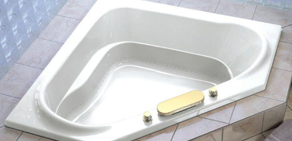 The Best Corner Bathtubs For Your Home