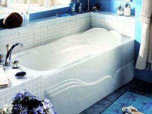 Daphne Alcove Style Tub