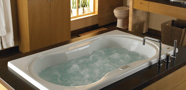 A New Generation Of Jetta Whirlpool Tubs