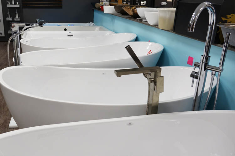 Freestanding Bathtubs For A Bathroom Makeover